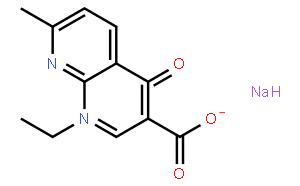 萘啶酸钠盐